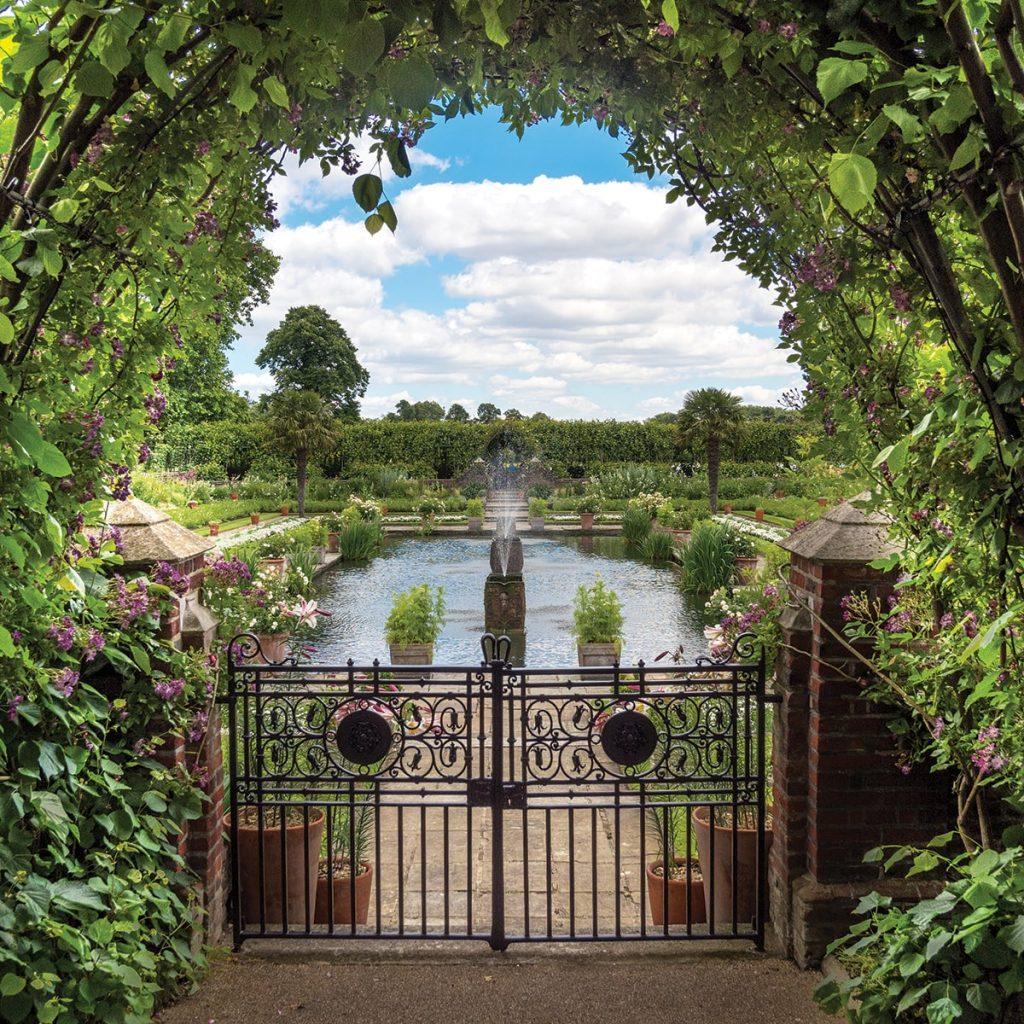 Kensington Palace London Photo Walks