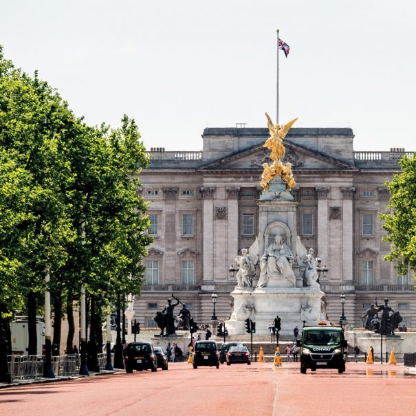 Buckingham Palace and The Mall London photo Walks